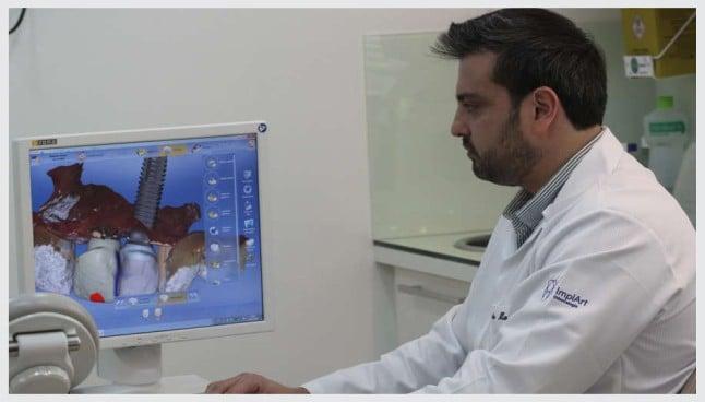 Dr Markarian implantodontista